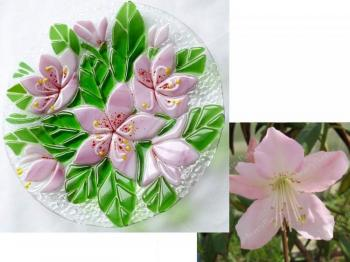 "A small plate ""Rhododendron"" fusing glass"