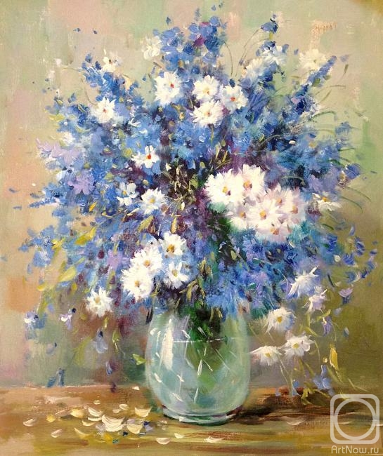 Dzhanilyatii Antonio. Bouquet with cornflowers