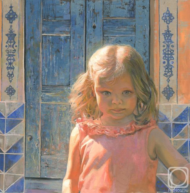 Чернов Денис. Мила на фоне голубой двери