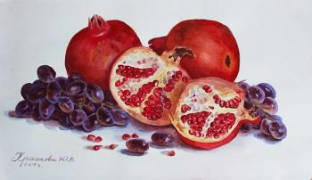 Krasnova Yulia. Pomegranates and grapes