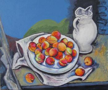 Plate with apricots. Ixygon Sergei