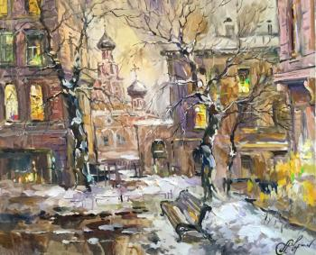 Charina Anna. Lights up for the evening. Romanov alley