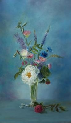 Fomina Lyudmila. Bouquet with flowers on blue