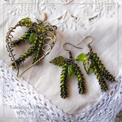 "A set of pendant and earrings ""may birch"". Kotova Valentina"