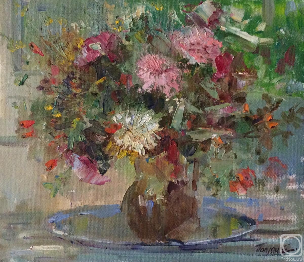 Poluyan Yelena. Bouquet with rose hips