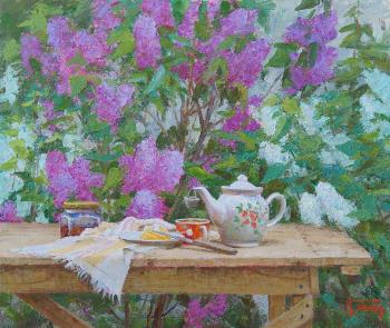 Under the red and white lilacs. Panov Igor