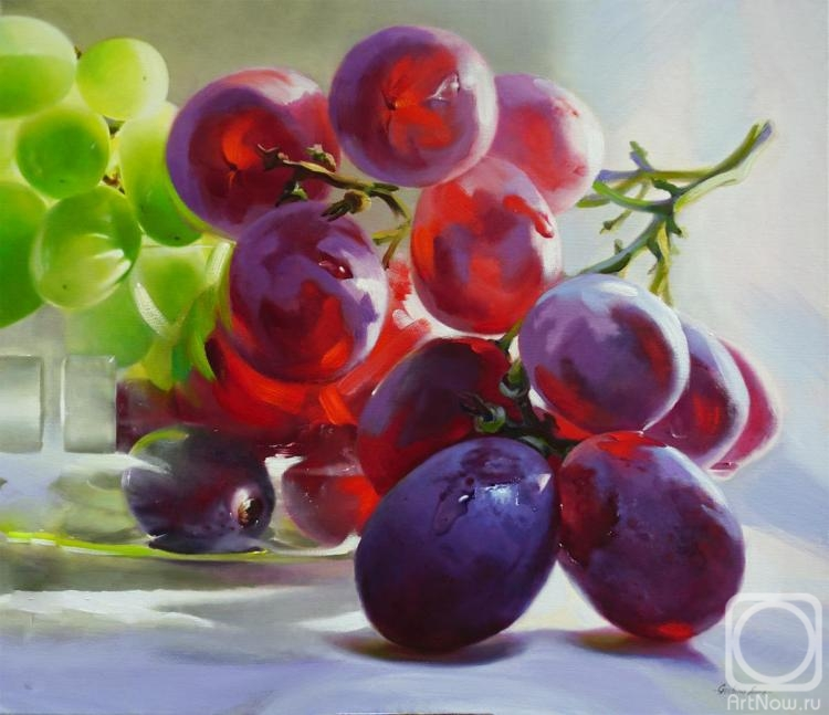 Grechina Anna. Grapes and sun