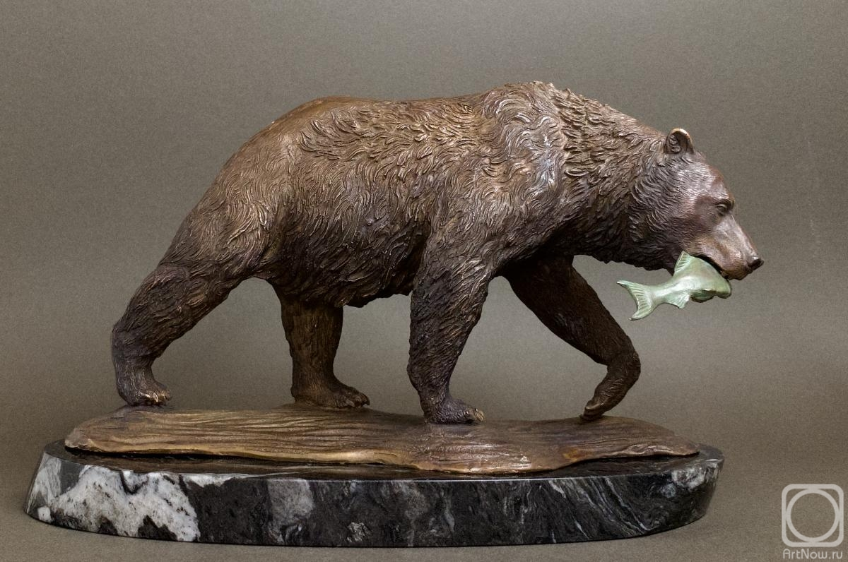 Tretiakov Denis. Bear with fish
