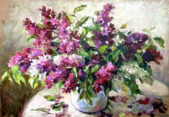 A bouquet of lilacs