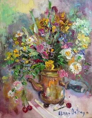 Bouquet in a copper coffee pot. Ostraya Elena