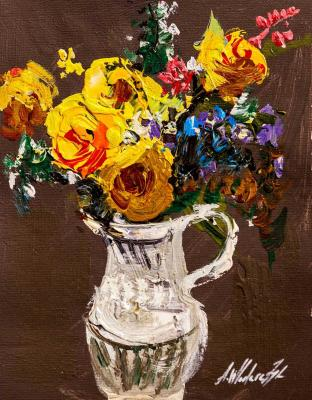 Bouquet of yellow roses in a jug. Vlodarchik Andjei