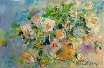 Bouquet of white flowers. Ostraya Elena