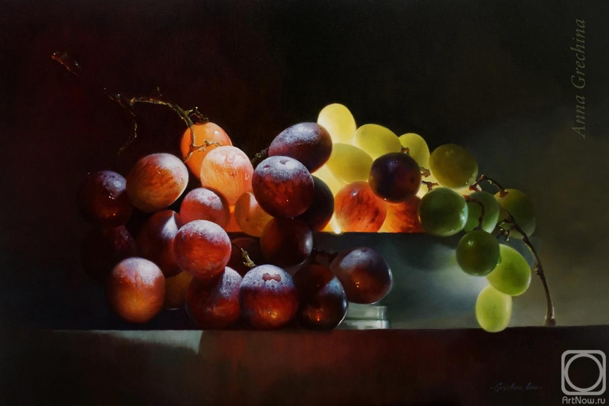 "Grechina Anna. Still life with grapes ""Shining"""