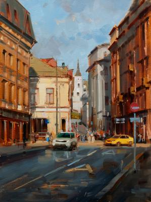 Moscow autumn. The city is saturated with golden ocher. Solyansky passage. Shalaev Alexey