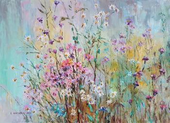 Flowers in the field. Kruglova Svetlana