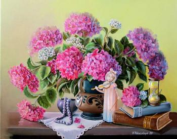 Hydrangea and the violinist (Pearls). Valevskaya Valentina