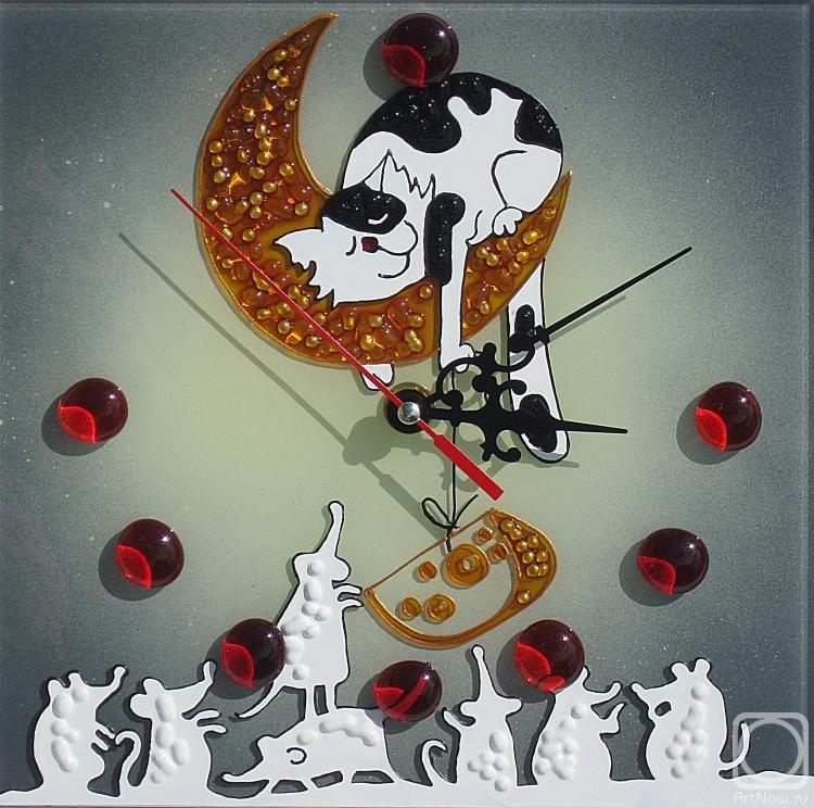 Столярова Лариса. Часы Кот и мышки