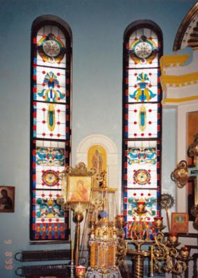 Sivenkov Nikolay. Classical stained-glass windows in Norilsk church, Absida
