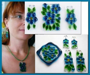 "Jewelry Set ""Eyes color of the sea"" glass, fusing. Repina Elena"