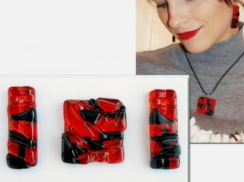 "Jewelry Set ""Rouge et noir"" glass, fusing. Repina Elena"